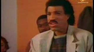 Watch Lionel Richie Hello video