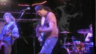 Watch Meat Puppets Coming Down video