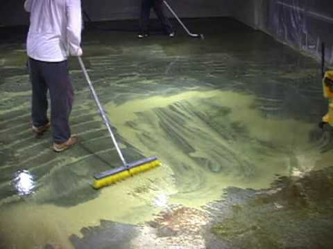 How to acid stain a floor how to for Best way to clean concrete floors before staining