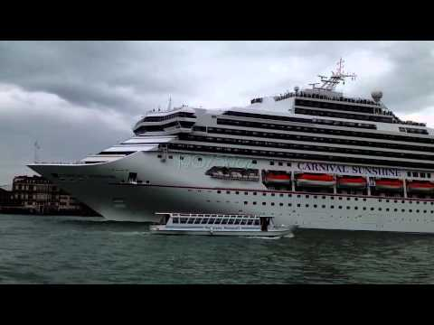 Carnival Sunshine venice 06/05/2013 (iPAD video)