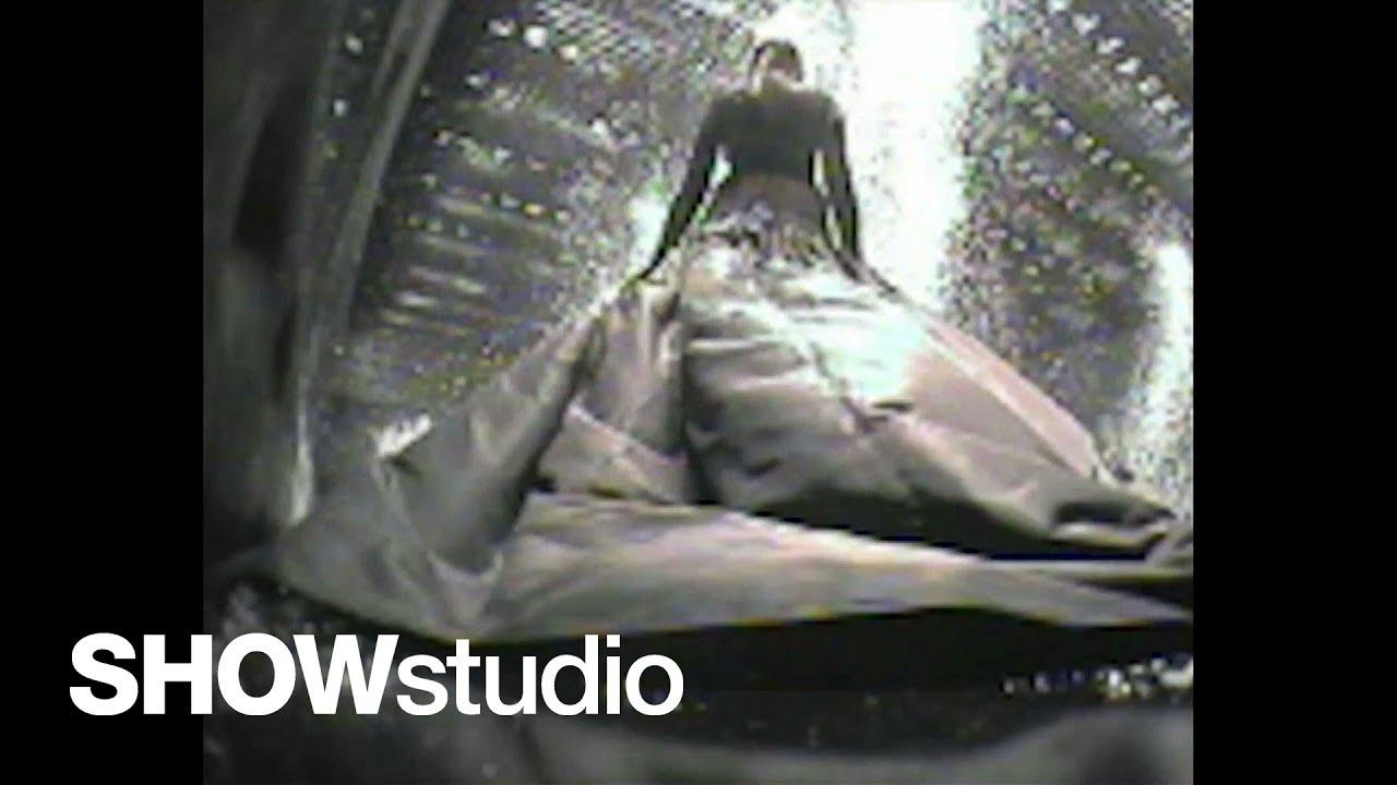 Mcqueen Black Show 2004 Black Show Footage