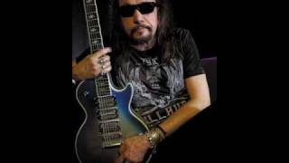 Watch Ace Frehley The Acorn Is Spinning video