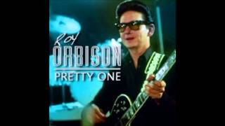 Watch Roy Orbison Pretty One video