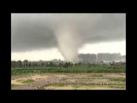 Typhoon Mujigae Wreaks Havoc In Southern China