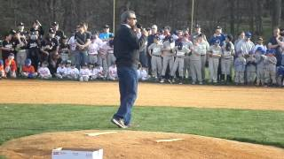 Yankees great Ron Guidry throws out first pitch at West Milford Little League