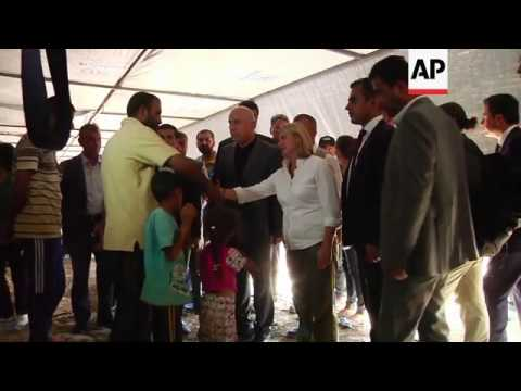 UK minister visits camp for displaced, announces further UK aid