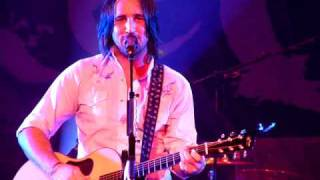 Watch Jake Owen Starting With Me video