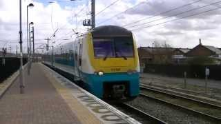 Warrington Bank Quay with Arriva class 175 DMUs 18-04-13