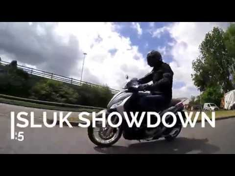 SLUK   Honda PCX 125 vs Piaggio Medley 125 scooter road test review