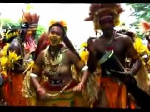 Wokabaut PNG, Kairuku Traditional Dancers