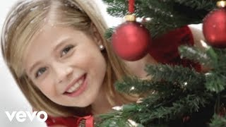 "STUNNING performance of ""Silent Night""!!! Jackie Evancho."