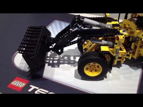 www.hobbymedia.it - LEGO Technic Volvo Buldozer 42030   toy fair 2014