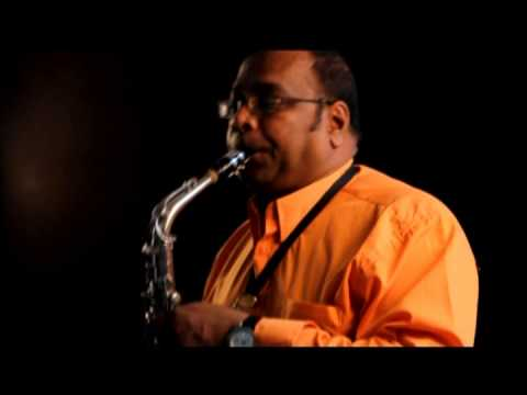 Aankhon Mein Tum - Sax Instrumental By Vinod Ramdien video