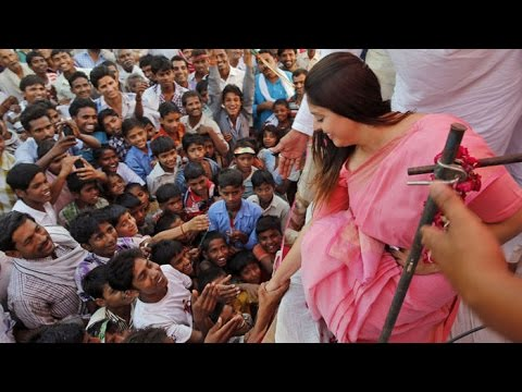 Nagma's Interview During Her Political Campaign
