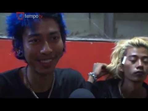 "Burmese Punks ""Rebel Riot"" Rocking Against the System"