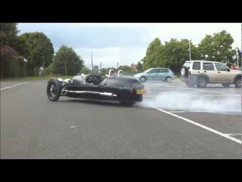New Morgan 3 Wheeler Performance (Burnout!)