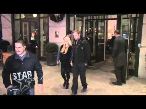 Jessica Simpson and Eric Johnson head out for dinner in NYC