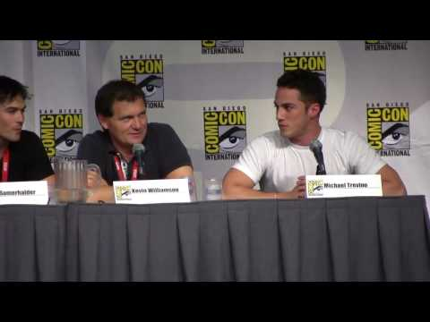 Vampire Diaries Comic-Con 2010 Panel, Part 1