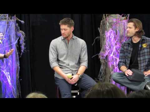 Richard Speight Retires Jensen Ackles Gym Shorts - Supernatural BurCon 2013