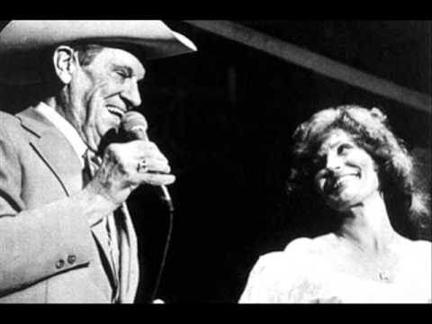 Loretta Lynn - If We Put Our Heads Together