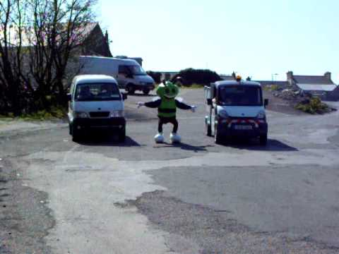 Busy Green Bee Electric Vehicles Pollution Free Race