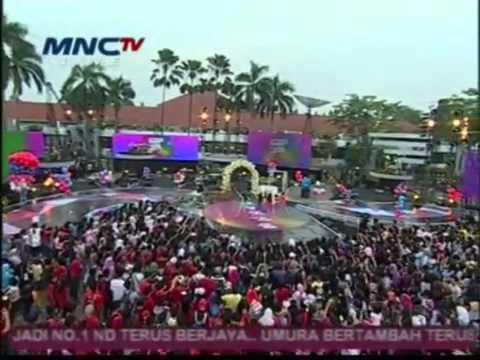 Coboy Junior dan Winxs Berkolaborasi (Konser Boys Meet Girls Spec. 21 thn MNC TV - 20-10-12)