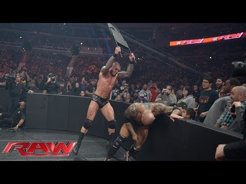 Batista Vs. Randy Orton - No Disqualification Match: Raw, March 31, 2014 video