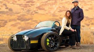 Best Electric Car for Romance : Vanderhall Edison 2