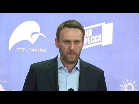 Navalny vows to challenge Putin in parliamentary poll