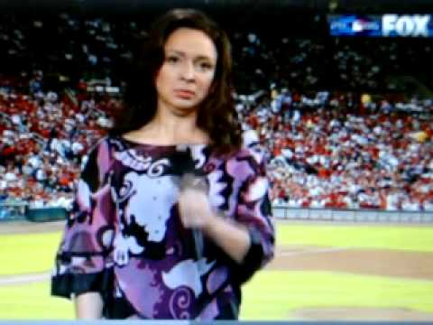 Maya Rudolph -- National Anthem