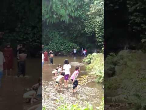 Penampakan Bidadari Di Air Terjun