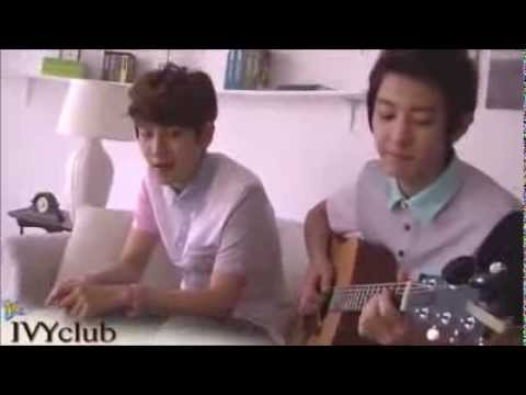 Baekhyun Singing Live High by Jason Mraz (Chanyeol on guitar)