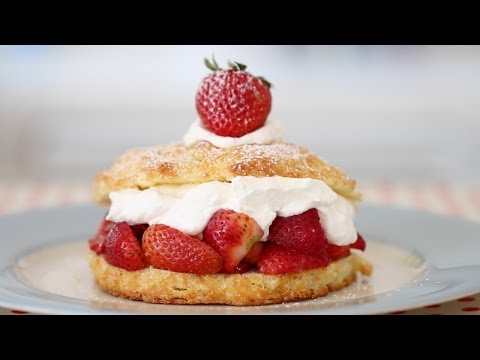Strawberry Shortcake - Gemma's Bigger Bolder Baking Ep 11 - Gemma Stafford Recipe