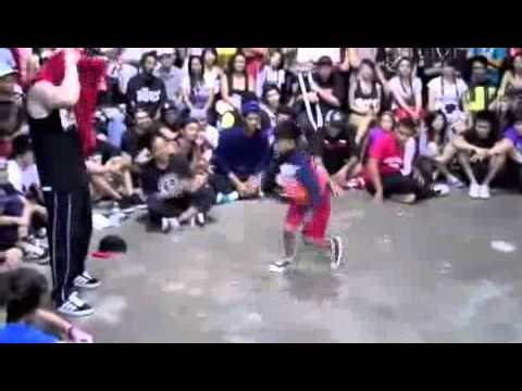 Angelo Baligad break Dancing Vs Milky  BBOY CITY HAWAII 2010 8 year old