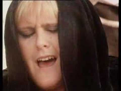 Alison Moyet - Love Resurrection