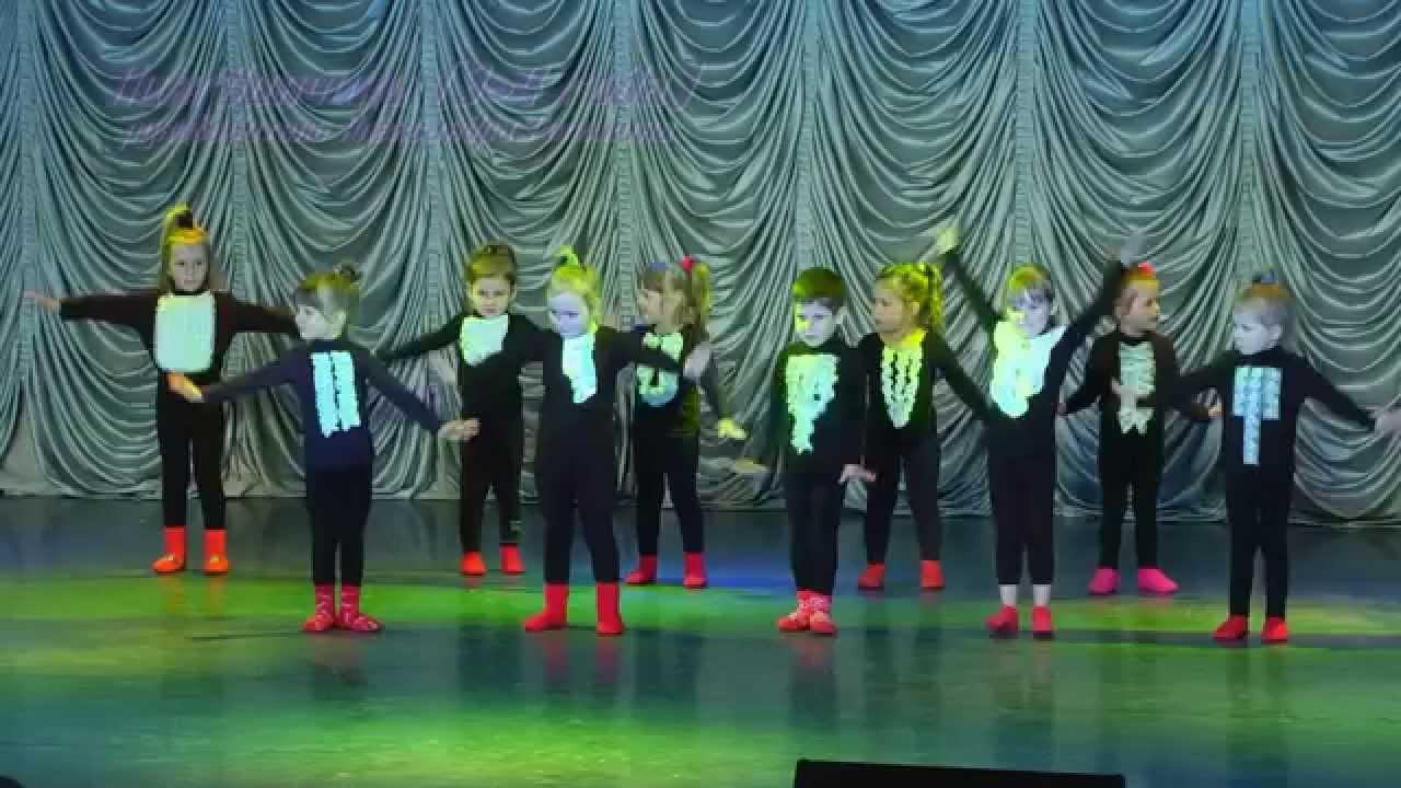 """Детский отчетный концерт студии """"Дива"""" в доме молодежи Атлант 01.06.2014 г. Видео детского танца (3-4 года)"""