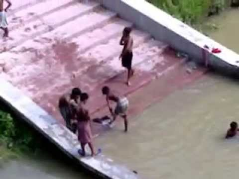 Indian Young Boys Enjoy With Bathing In River video