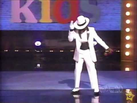 Michael Jackson dance off on Apollo Kids