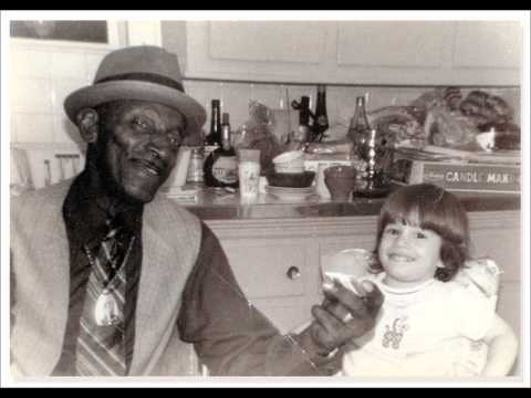 Mississippi Fred Mcdowell- Levee Camp Blues