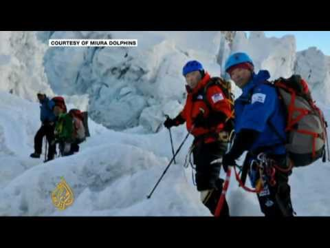 Japanese octogenarian breaks Everest record