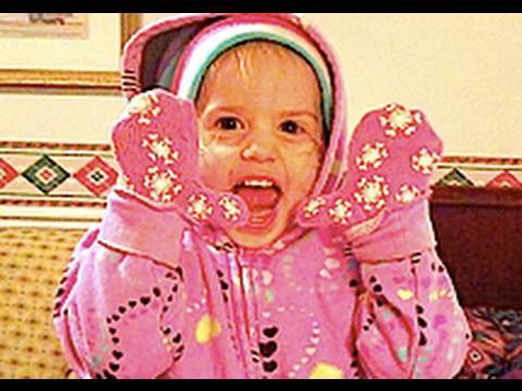CUTEST BABY THAT EVER EXISTED IN THE CUTENESS REALM OF ADORABLE CUTE BABIES!(12/19/09-290) Video