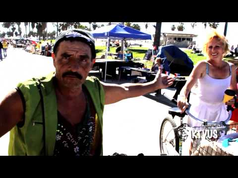 "Venice Beach ""Experience"" Tour Artists, Performers, and Street Comics by WackyWorldTv"
