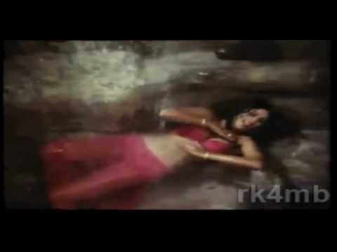 Zeenat Aman damn hot :D