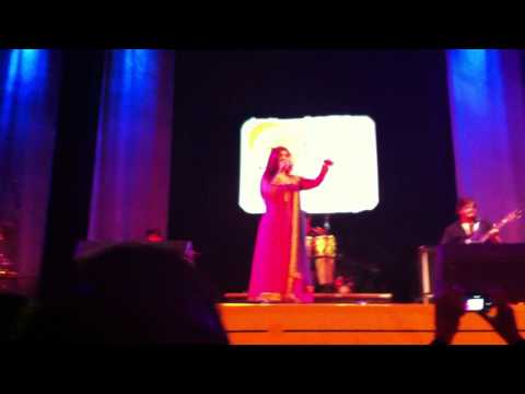 Alka Yagnik Live - You Are My Sonia - De Montfort Hall Leicester...