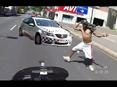 Crazy man hit me on my bike - Arrested 5 mins later - Helmetcam