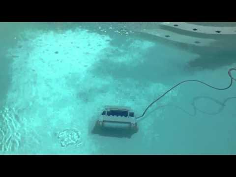 Robot de Pisicina. Limpiafondos para piscina Hayward