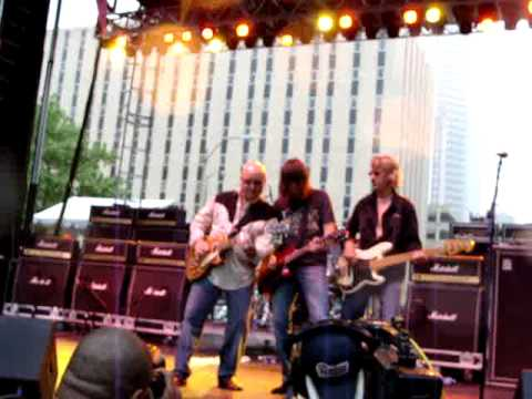 Ronnie Montrose and Pat Travers -