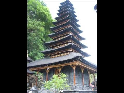 The Balinese Traditional Gambelan Bamboos & Flute Music