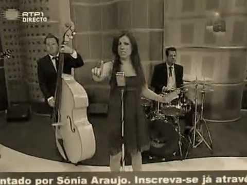 Claudia Faria - Hurt