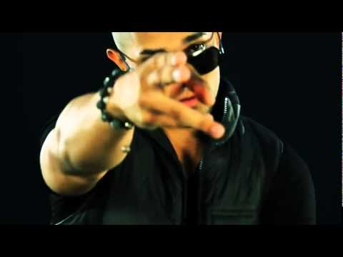 JP El Sinico Ft Farruko, Falsetto  Sammy   Loco Con Ella (Remix) (Official Video).wmv